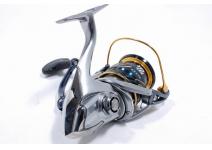 Shimano 16 Vanquish 3000HGM